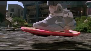 Geleceğe Dönüş filminde Marty McFly'ın uçan kay-kayı